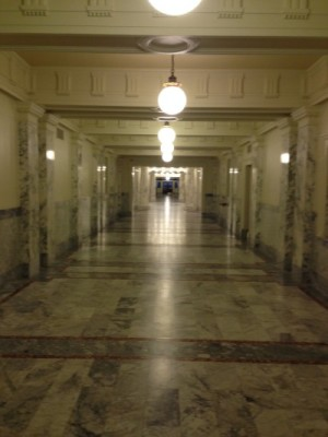 The long first floor hallway in the Idaho Capitol